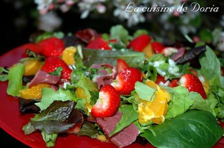 Salade de printemps salé sucré